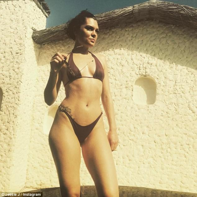 Jessie J Flaunts Super Hot Bikini Body In New Photos