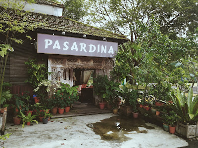 Pasardina, Balinese furniture outlet at Dempsey Road
