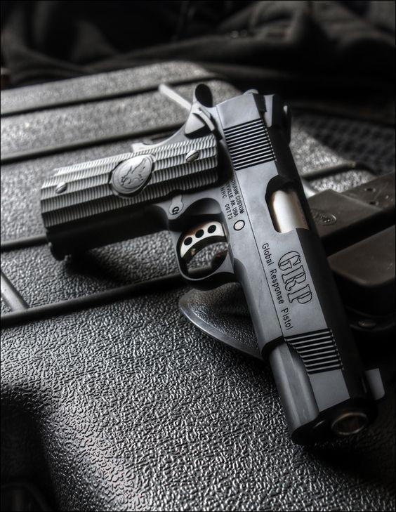 Những khẩu Colt M1911 đẹp đến ngỡ ngàng!