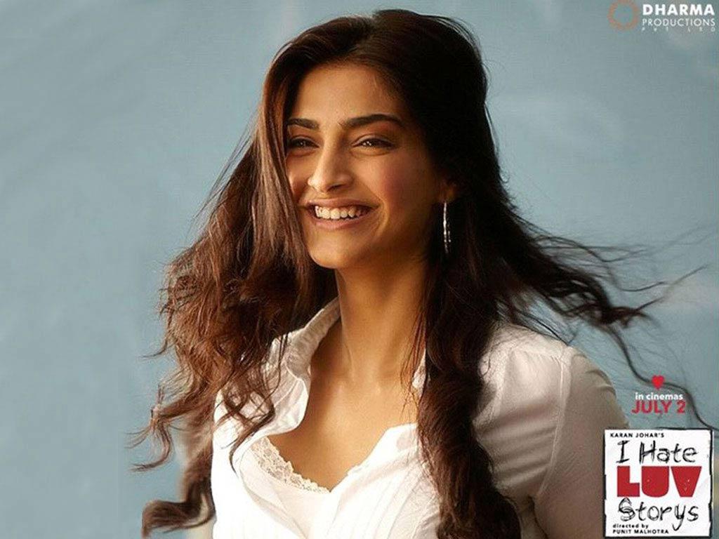 Sonam Kapoor Wallpapers: Indian Actress Hd Wallpapers: Indian Actress Sonam Kapoor