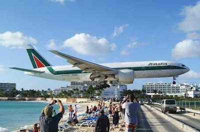 bandara princess juliana