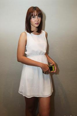 Andrea Dian artis dengan mata cantik dan indah cewek manis dan sintal