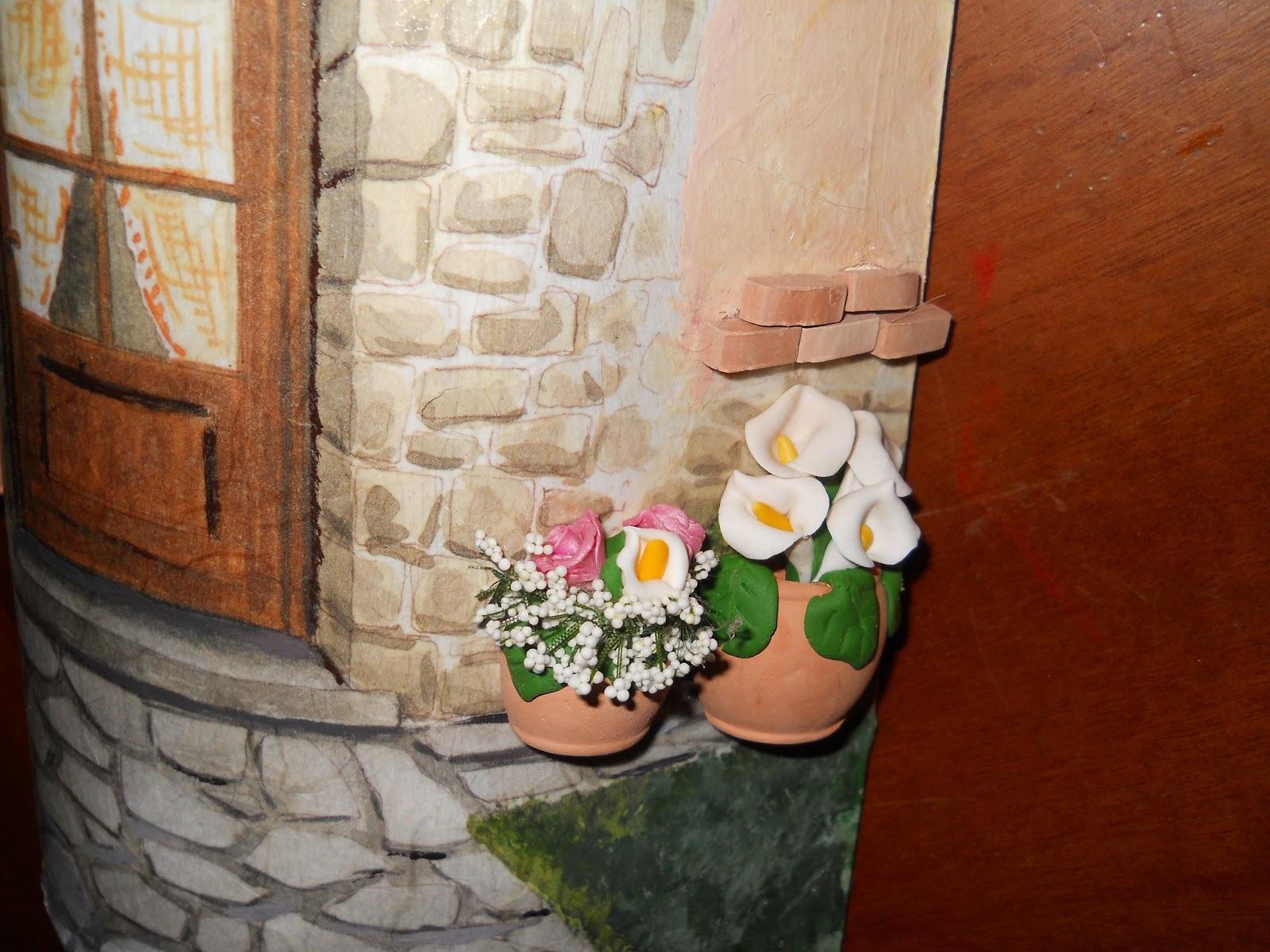 Tegole - Tegole decorate in rilievo ...