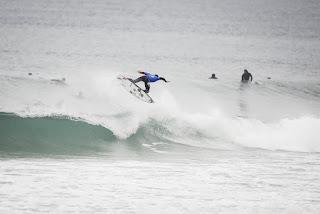 15 Gabriel Medina BRA quiksilver pro france 2016 foto WSL Poullenot Aquashot
