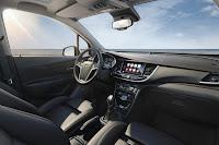Opel Mokka X (2017) Interior