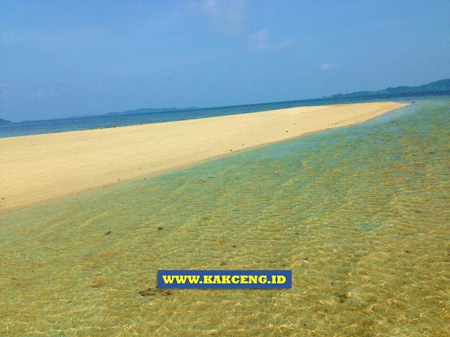 Pulau Pasir di Benan