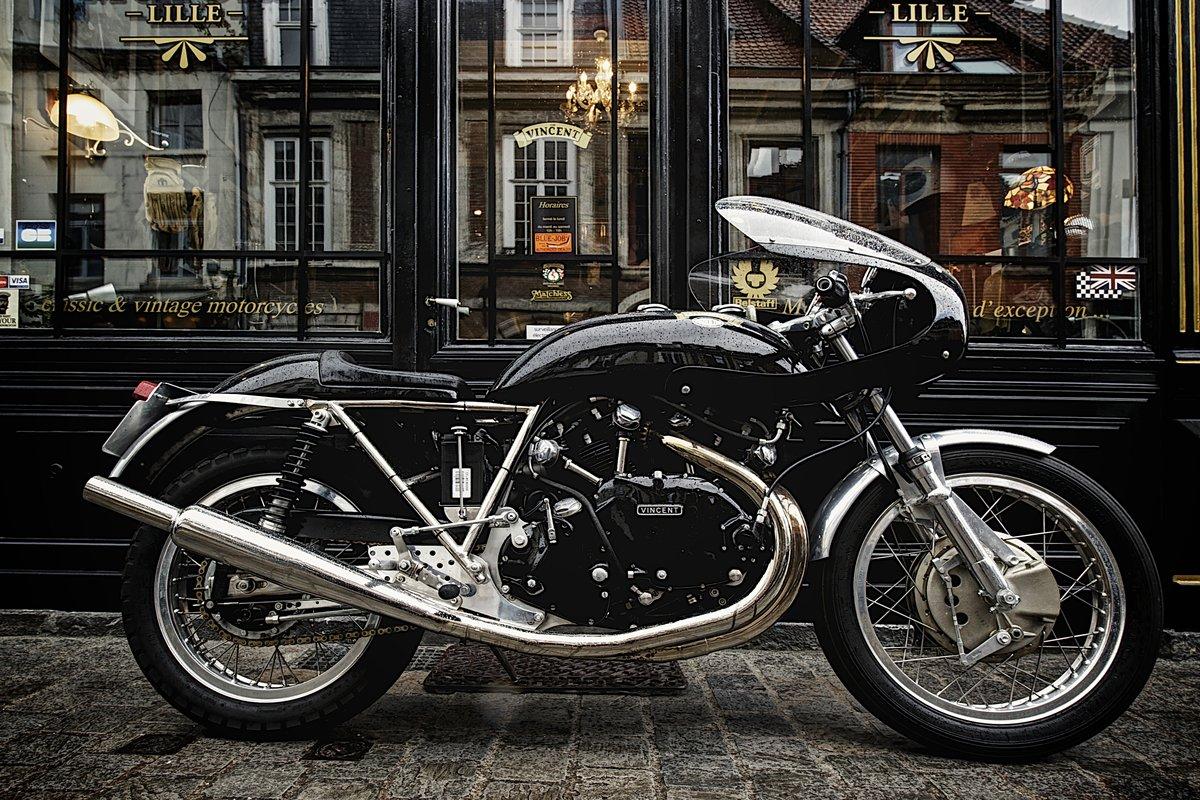 building a cafe racer selecting a motorcycle return of. Black Bedroom Furniture Sets. Home Design Ideas