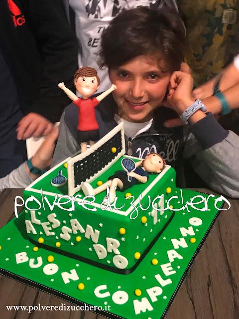 torta decorata cake design pasta di zucchero tennis campo da tennis tennista compleanno polvere di zucchero
