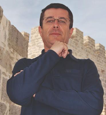 Município de Loulé publica livro com poemas inéditos de Luís Monteiro Pereira
