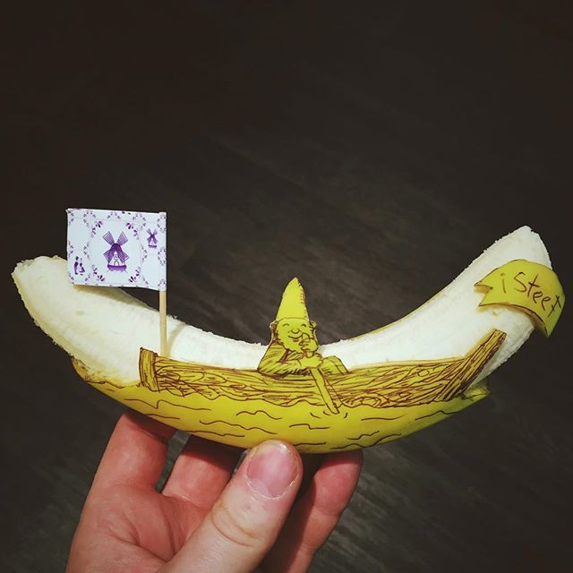 lukisan media pisang paling kreatif unik lucu dan menakjubkan-14