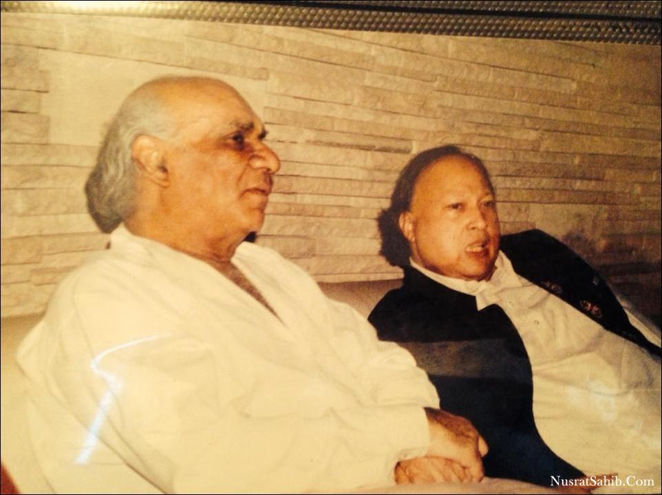 Ustad Nusrat Fateh Ali Khan Sahab Ji With Yash Chopra ji | NusratSahib.Com