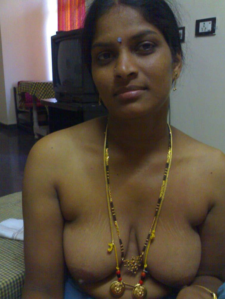 tamil-pundai-xxx-photo-girl-drawing