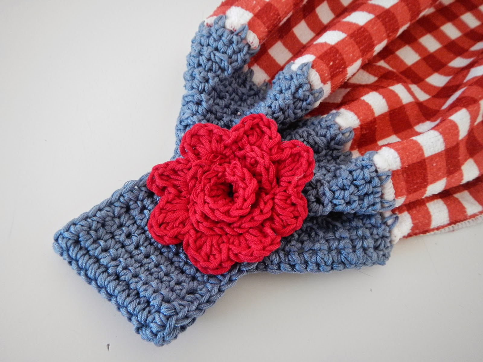 Apple Blossom Dreams: Towel Toppers I