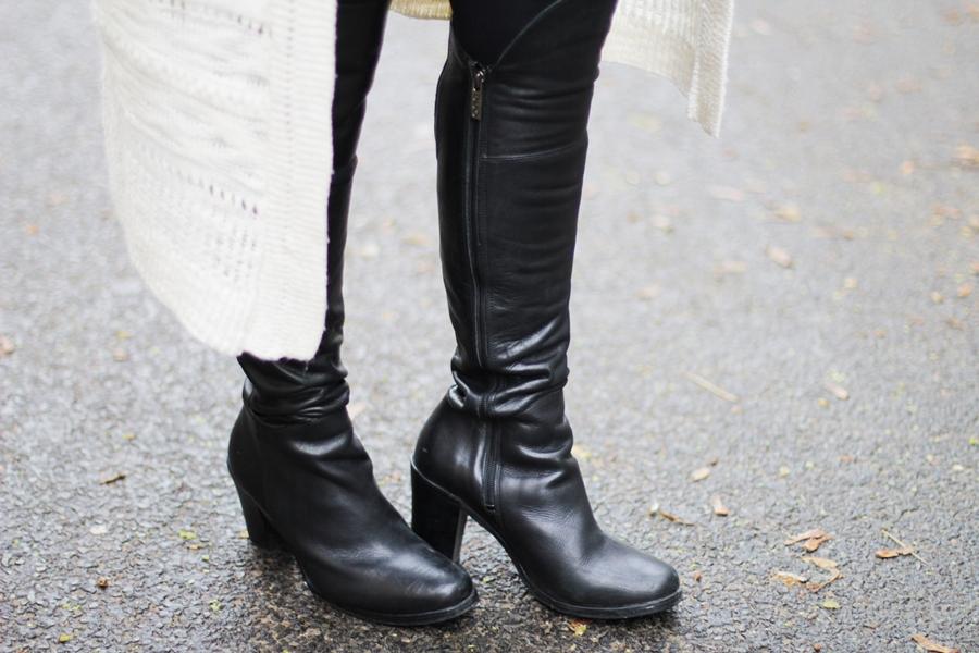 black overknees
