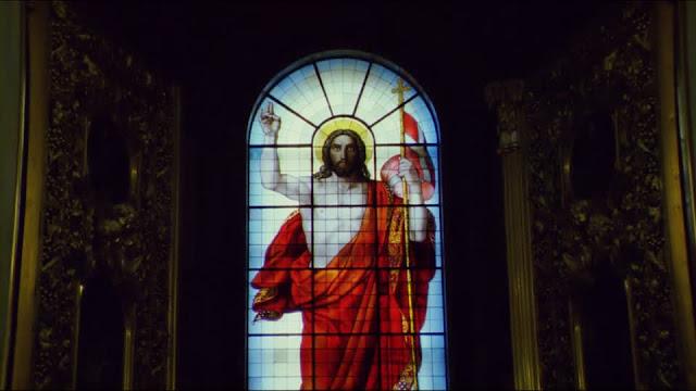 Sejarah Motif Kaca Patri Gereja