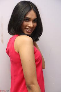 Spatika Surapaneni in Red Tight Dress at FBB Miss India 2017 finalists at Telangana auditions Feb 2017 (42).JPG