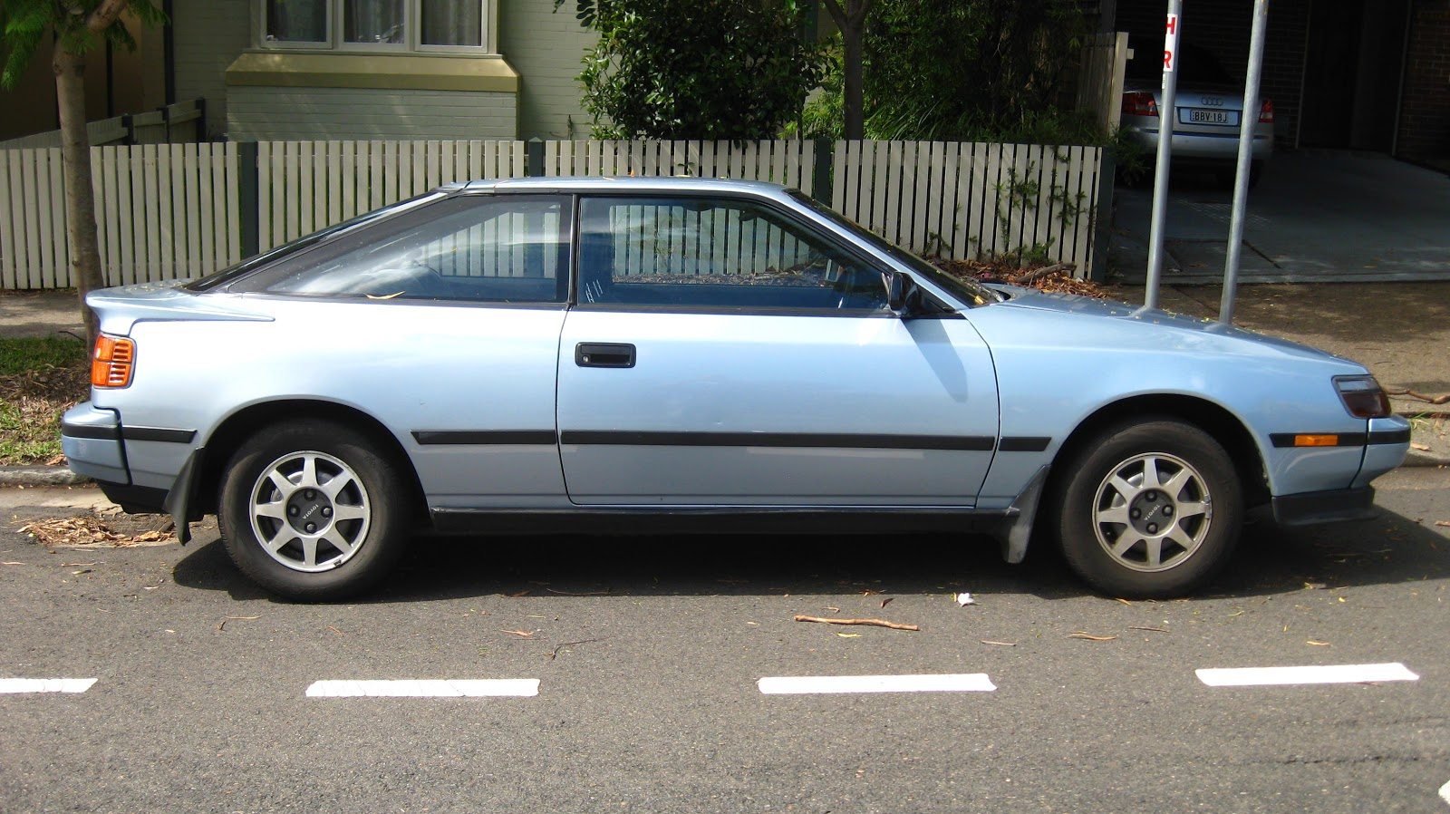 Aussie Old Parked Cars 1989 Toyota Celica St Liftback St162 1973 Gt