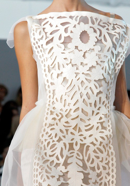 lisa golightly: White Lace And Promises