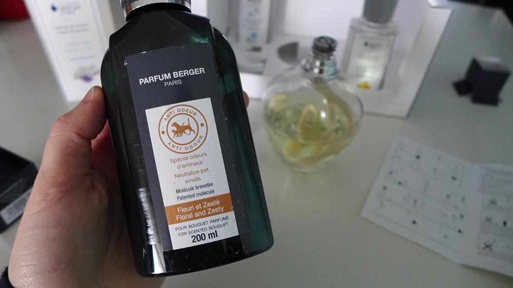test et utilisation de la lampe berger, parfum contre les odeurs d'animaux