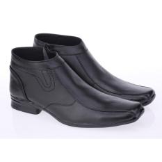 Daftar Harga Sepatu Pria Terbaru Murah Berkualitas Best