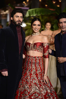 Deepika Padukone mesmerising in red lehenga showstopper Manish Malhotra at India Couture Week 2016
