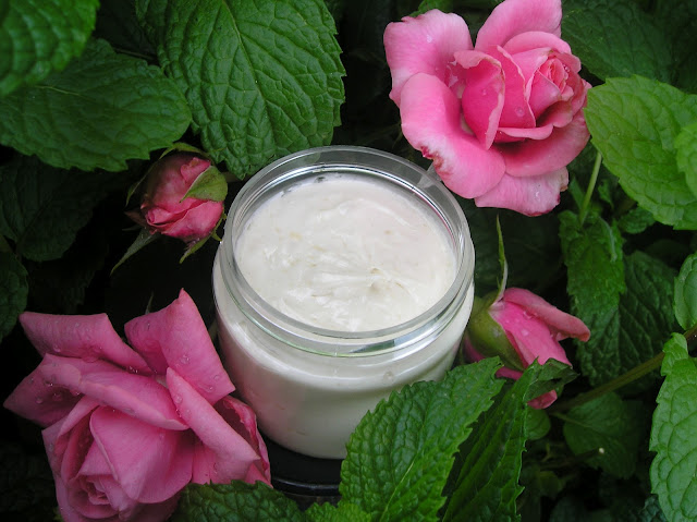 How To Make Your Own Natural Face Lotion
