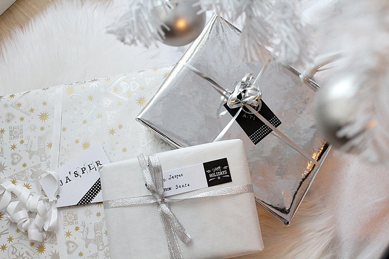 valkoinen lahjapaketti