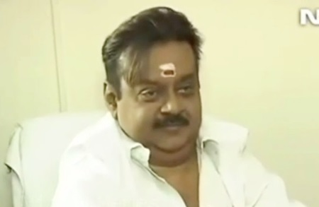 Captain‬ ‪‎Vijayakanth‬ ‪NDTV‬ English ‪‎Interview‬ Fun
