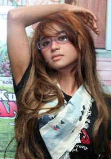 Profil dan Biodata Artis Cantik Dewi Persik Terlengkap