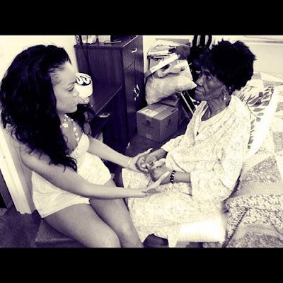 rihanna granny dead