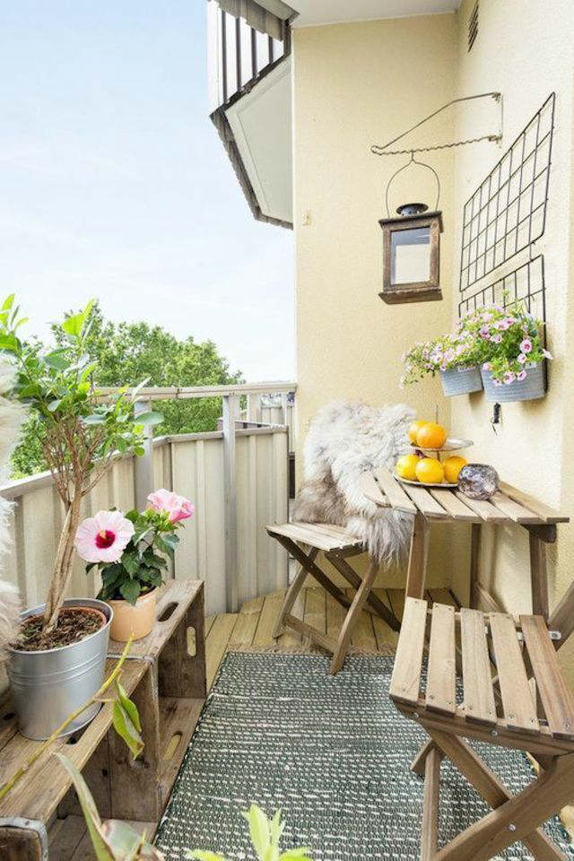 Mesa plegable para el balcón