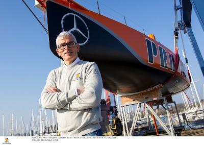 Vincent Riou met à l'eau PRB à Port La Foret, objectif : Vendée Globe