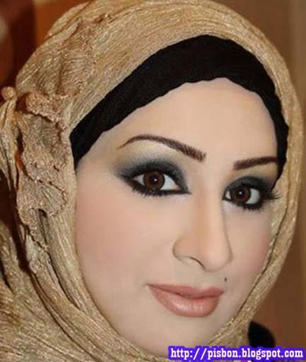 Koleksi Foto Hot Cewek Arab Seksi