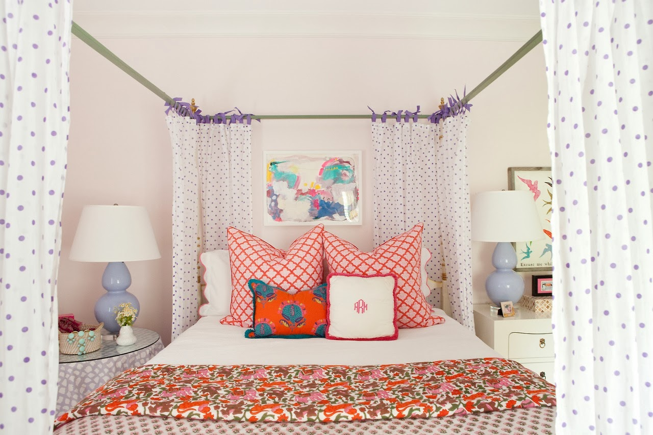 I Suwannee: A Teenage Dream Bedroom In Domino Magazine