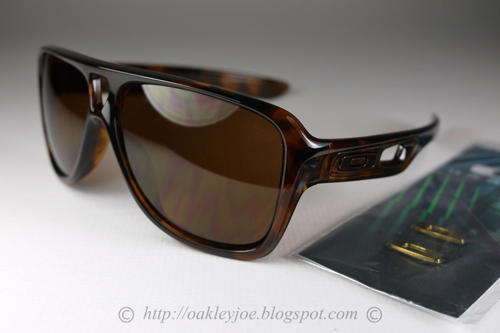 971ef4b5bf Singapore Oakley Joe s Collection SG  Dispatch and Dispatch 2