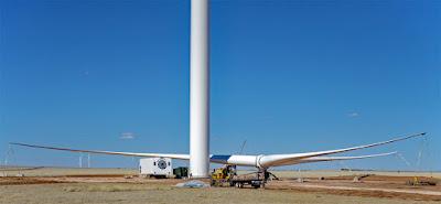 Wind turbine construction, Grady, New Mexico