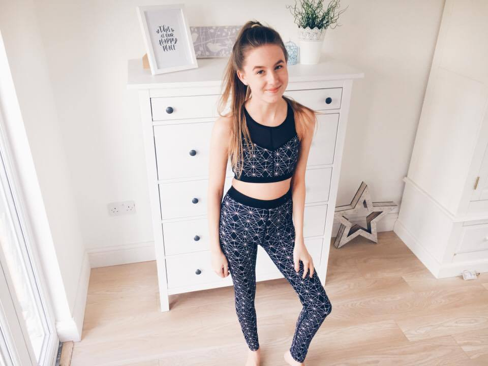 New In Spring 2017 - Primark Haul and Try On Sports Bra Workout Leggings