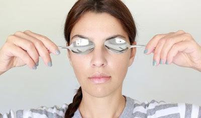 15 Cara Ampuh Menghilangkan Kantong Mata Secara Alami
