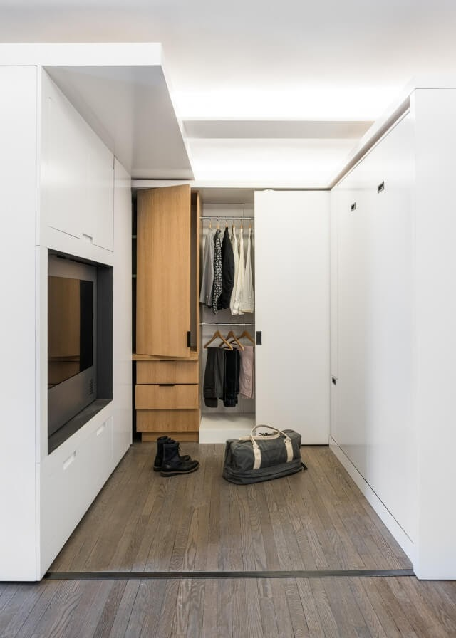 09-Wardrobe-in-the-Bedroom-Area-Michael-K-Chen-Manhattan-Apartment-Architecture-that-Morphs-www-designstack-co
