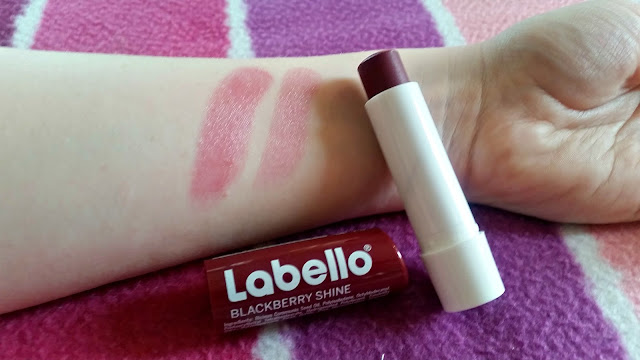 labello be bold blackberry shine lip balm swatch swatches