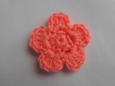crochet-crosia-Crochet-Sandals-Babies-Sweater-design-pattern-free-flowers-tutorial-picture-step by step-handmade-video