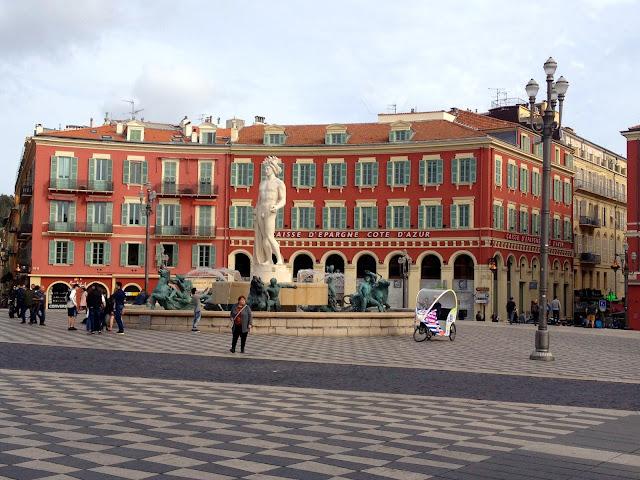 plaza principal en Niza
