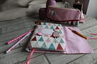 текстильный комплект для рукодельницы, шитье, настроение своими руками,  подарок для девушки,  текстильный блокнот,  мягкий блокнот, блокнот рукодельный,  принцесса,  пенал для крючков, органайзер для спиц крючков. Яна SunRay