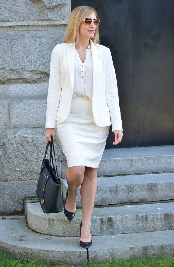 cream suit and cream blazer work outfit