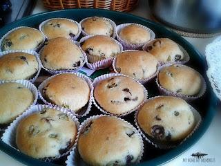 almira-muffins-me-elies-kai-piperies