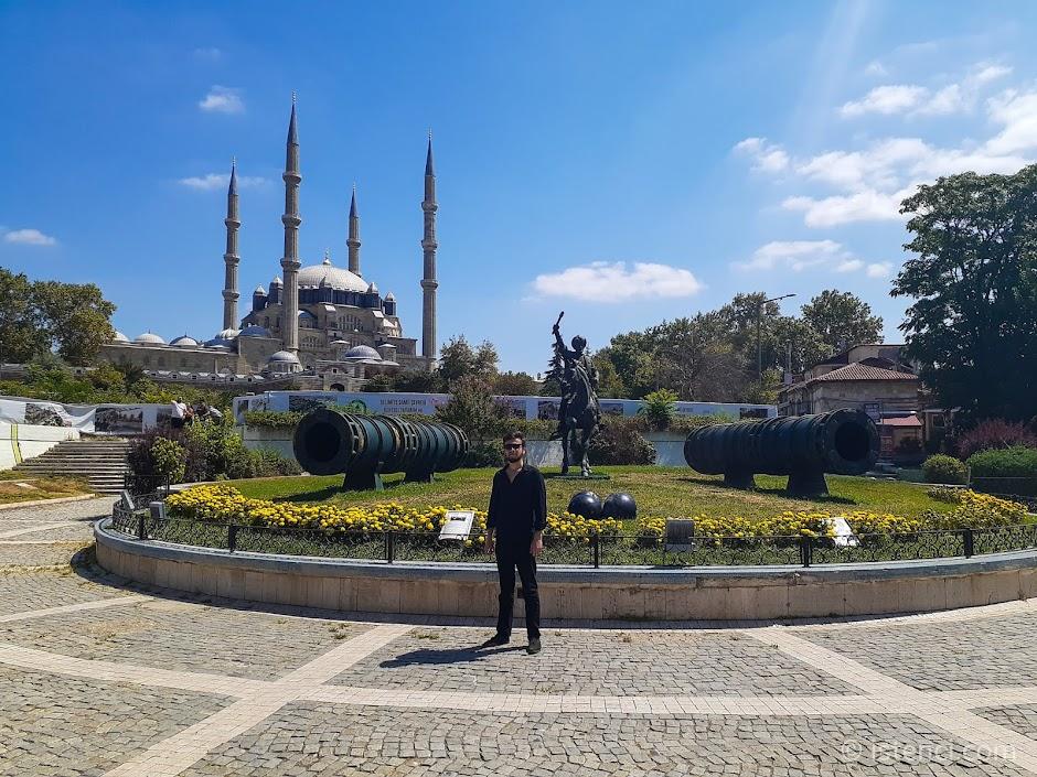 Edirne'de gezilecek yerler ve Edirne hakkında bilgiler...