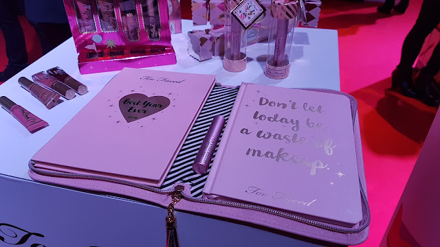 regali di natale sephora - agenda palette boss lady beauty agenda too faced_04