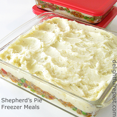 Shepherd's Pie Freezer Meals / www.delightfulrepast.com