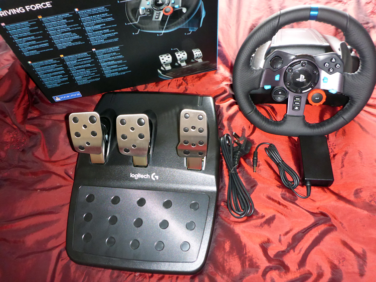 ea0968c8103 Having owned the Logitech Driving force for many years (GT5 onwards) this  is a major step up in quality and feel. The 3 pedals on the heavy base are  ...