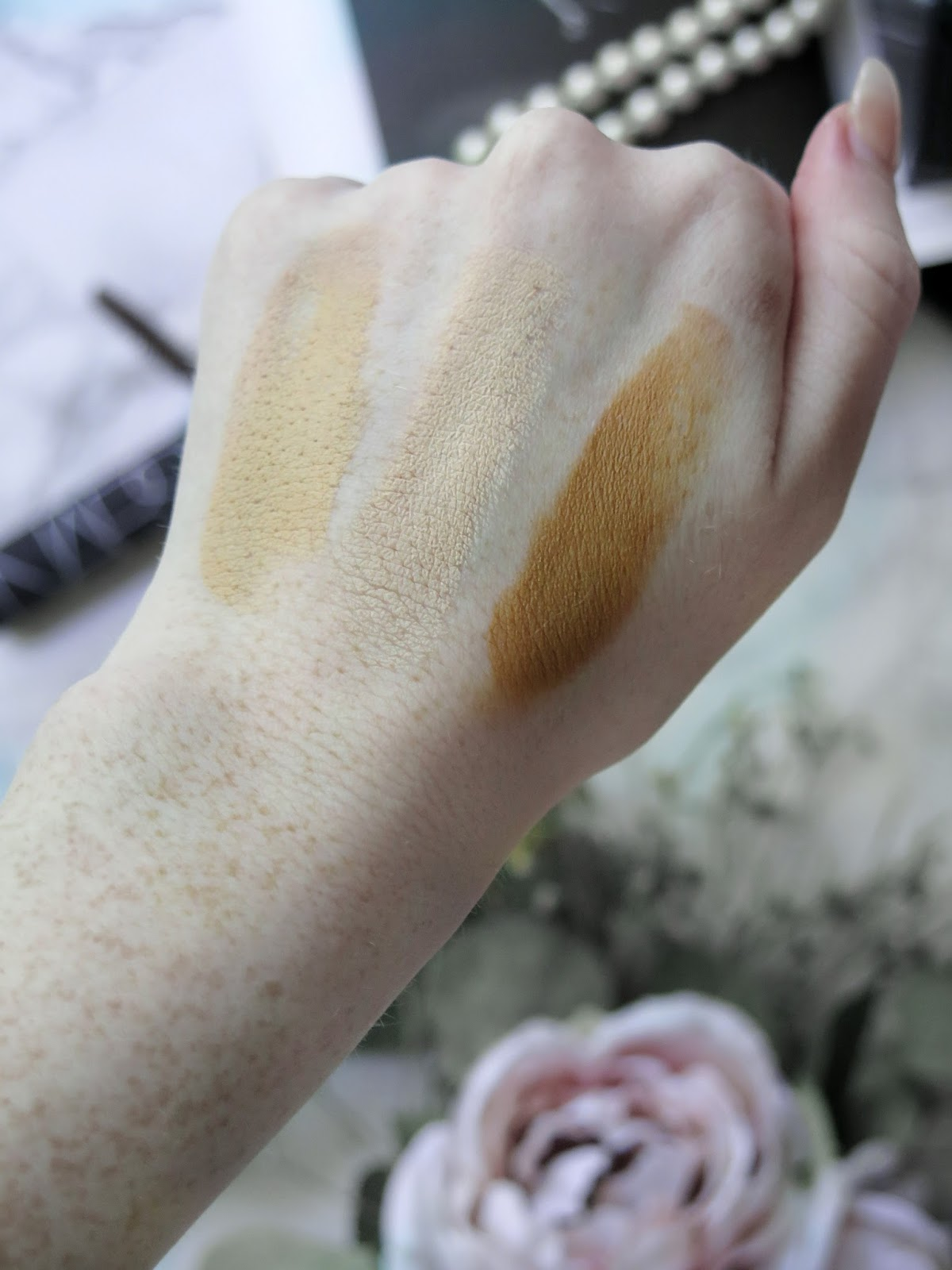 Blend The Rules | NEW NARS Soft Matte Foundation Stick | NEW Fall Shades of the Audacious Lipsticks & Mascara | Review & Swatches | labellesirene.ca